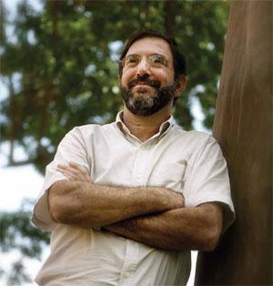 Carlos Armenio Khatounian é engenheiro agrônomo, professor doutor da Escola de Agricultura Luiz de Queiroz, da Universidade de São Paulo, e ph.D em agricultura sustentável pela Iowa State University for Science and Technology