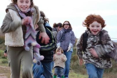 Crianças da família McGilp competindo, na Escócia. Foto de easylocum/Flickr