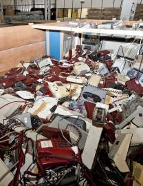 Sucata armazenada durante 30 anos de atividade de Itaipu - Foto de divulgação