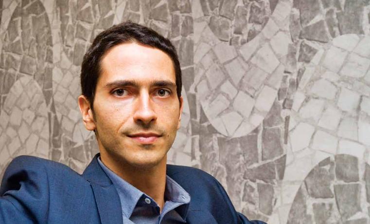 Ronaldo Lemos, 36 anos, é fundador e diretor do Centro de Tecnologia e Sociedade da Fundação Getulio Vargas, criou o site Overmundo e gerencia o Creative Commons no BrasilFoto: Fabio Caffé