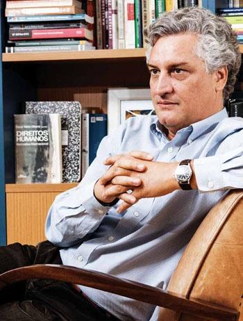 Diretor da Escola de Direito de São Paulo da Fundação Getulio Vargas, foi procurador do Estado em São Paulo e fundou a organização Conectas Direitos Humanos. Na advocacia, tem-se concentrado em casos de interesse público no âmbito do Supremo Tribunal Federal. (Foto Arthur Fujii)