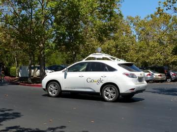 Carro autônomo desenvolvido pela Google. Foto de Roman Boed/Flickr