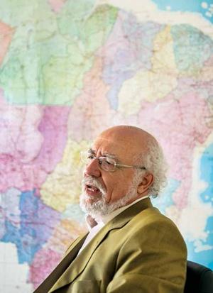 Economista, ex-prefeito de Piracicaba e ex-deputado federal pelo PT, foi relator do projeto da Lei nº9.433/97, a Lei das Águas, e presidiu a Agência Nacional de Águas (2005-2009)