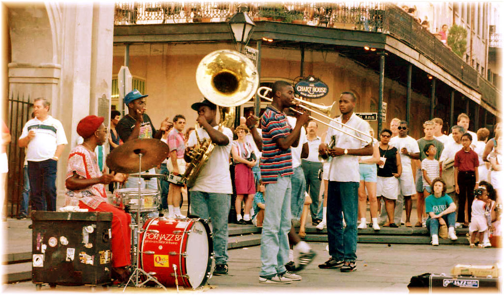 Músicos no French Quarter, em Nova Orleans, em 1989 (foto: Brenda Anderson/Flickr)