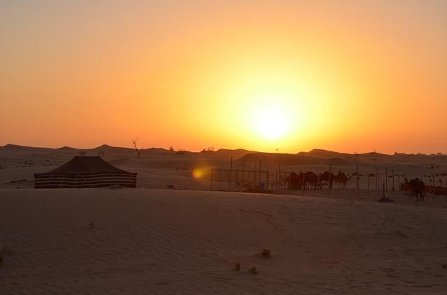 sunset-667794_640
