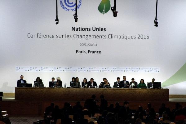 Grupo negociador do novo acordo climático concluiu seus trabalhos neste sábado. Discussão continua na semana que vem, agora com ministros e chefes de governo (foto: Bruno Toledo/P22)