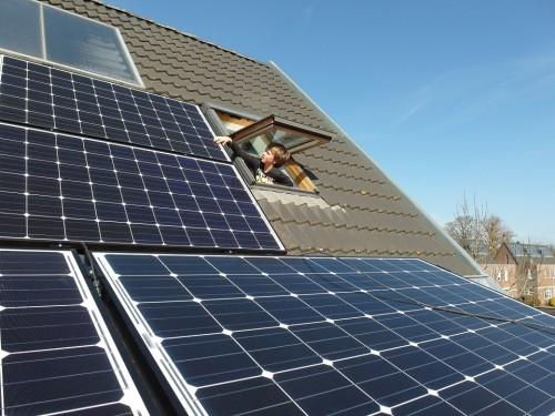 solar-panels-681979_960_720
