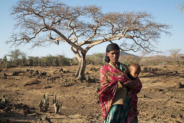 Mesmo mais fraco que em 1997-1998, o El Niño de 2015-16 poderá causar desastres humanitários na mesma escala que no final do século XX, quando 21 mil pessoas morreram em todo o mundo por causa de seca e enchentes persistentes (foto: OCHA/C. Cans)