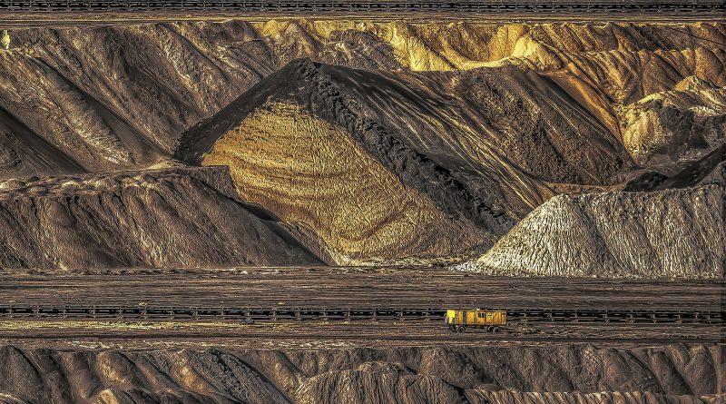 Em quatro décadas, a humanidade passou a consumir de 22 bilhões a 70 bilhões de toneladas de matéria-prima em todo o mundo