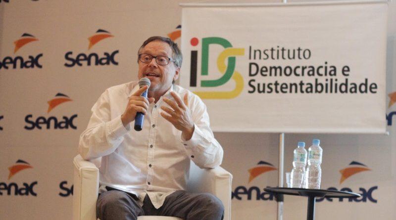 O cineasta Fernando Meirelles durante evento em São Paulo (Divulgação IDS)