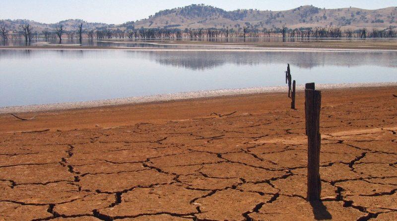 O ressecado Lago Hume, no sudeste australiano, em 2007 (crédito: Tim J. Keegan/Flickr - CC BY-SA 2.0)