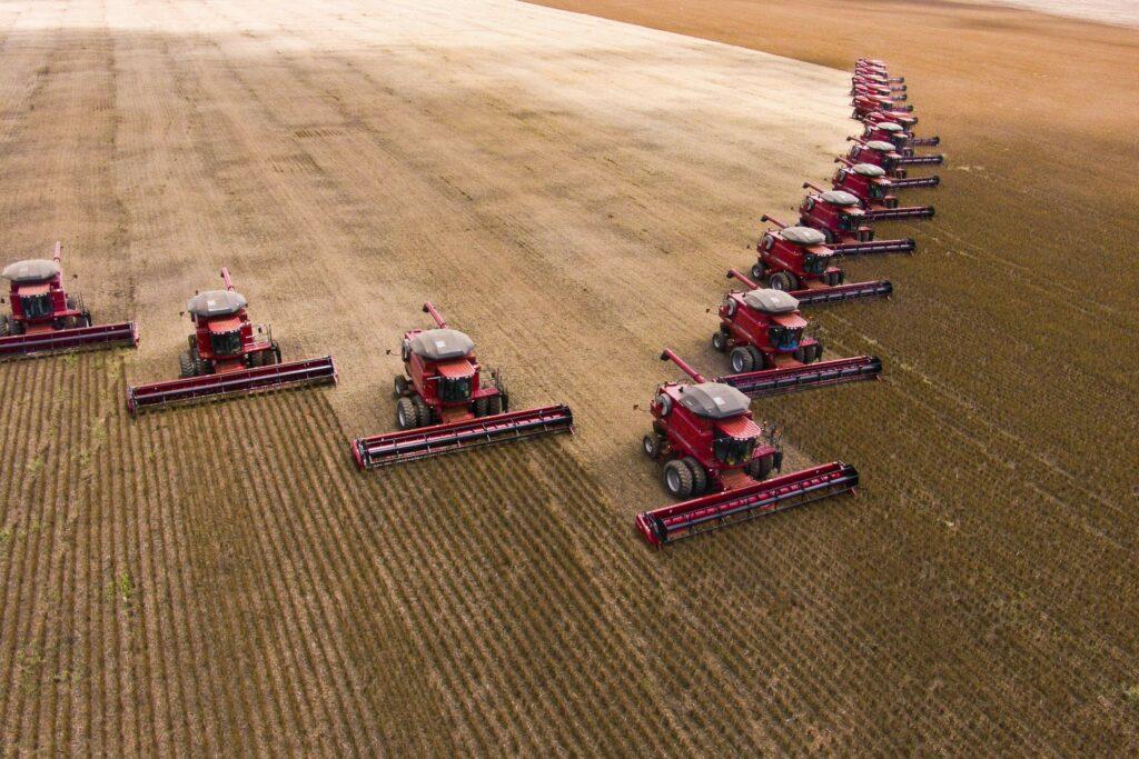 Colheita de soja em fazenda em Campo Verde, no Mato Grosso (crédito: Alf Ribeiro)