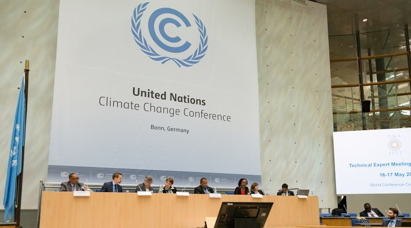 Negociações internacionais em clima serão retomadas durante encontro em Bonn (Alemanha); questões como a ambição dos compromissos nacionais de redução e a implementação do Acordo de Paris estão sobre a mesa (crédito: UNFCCCclimatechange/Flickr - CC BY-SA 2.0)