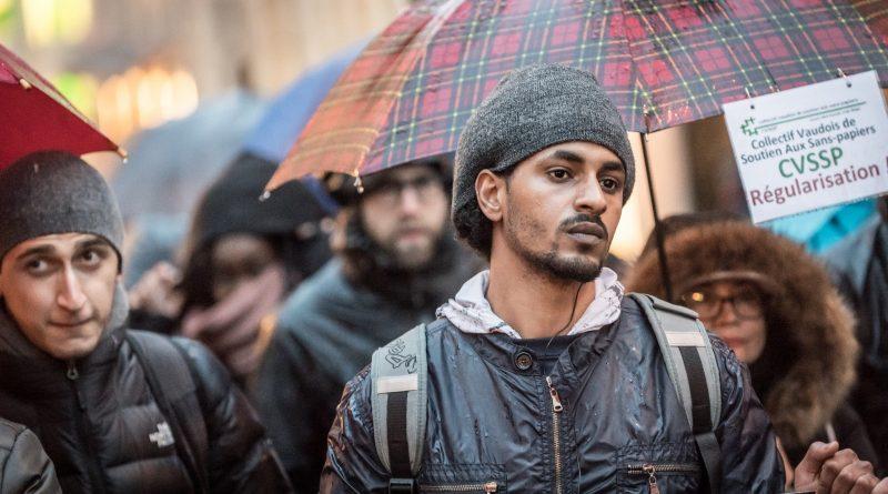 Gustave Deghilage/ Flickr Creative Commons. Manifestação contra o endurecimento da lei sobre estrangeiros, em março de 2017