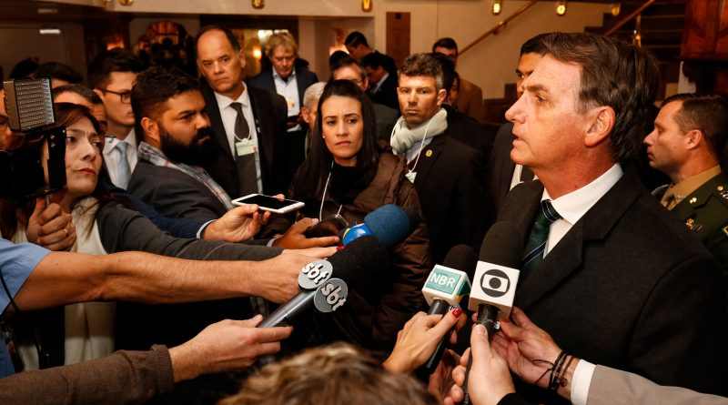 Alan Santos/PR _Viagem à Confederação Suíça  (Davos - Suíça, 21/01/2019) Presidente da República, Jair Bolsonaro, durante entrevista à imprensa no Hotel Seehof.