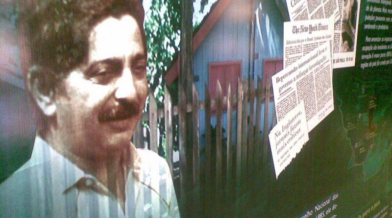 Fabiano Carnevale. Chico Mendes  na Biblioteca da Floresta, em Rio Branco/AC